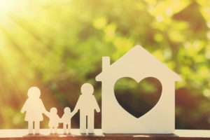 Family-Cutout_Heart_Fotolia_101077810